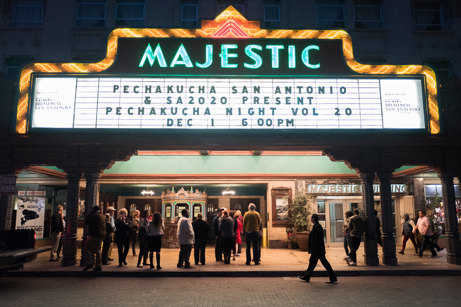 Guests arrive at The Majestic Theatre. Photo by Scott Ball.