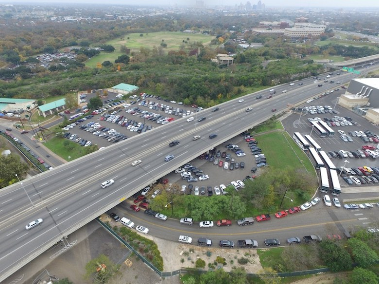 The land (parking lot) between the Alamo Stadium (right) and San Antonio Pets Alive (left) owned by SAISD on Tuleta Drive across from the San Antonio Zoo. Image courtesy of the San Antonio Zoo.
