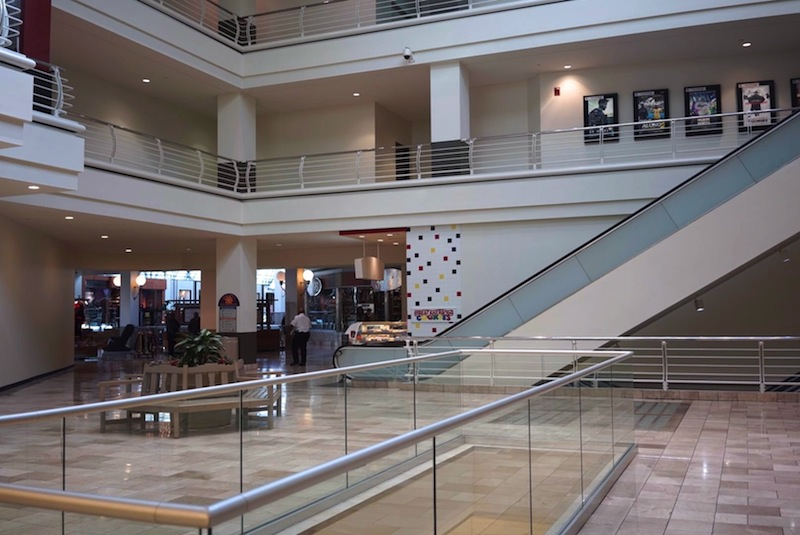 This atrium connects the new section to the old in the Rivercenter Mall. Photo by Iris Dimmick.