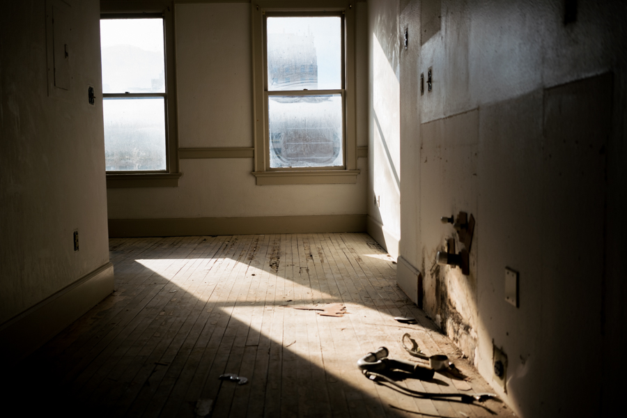 A 300 square foot studio in the Maverick Building. Photo by Kathryn Boyd-Batstone.