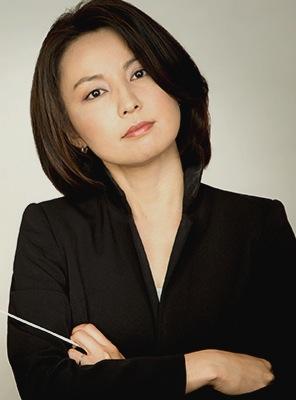 San Antonio Symphony Associate Conductor Akiko Fujimoto