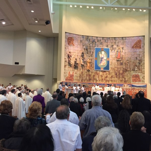 More than 100 bishops and priest served as concelebrants at the Memorial Mass for Fr. Virgil Elizondo. Photo by Robert Rivard