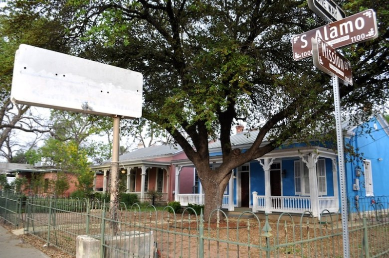 This bright blue historic home in King William will soon become a restaurant, Casa Azul De Andrea. Photo by Iris Dimmick.