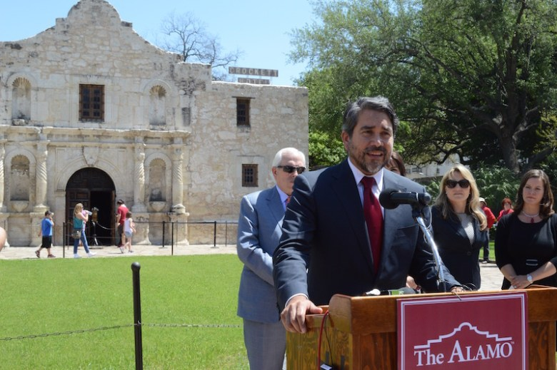 Councilman Roberto Treviño (D1) thanks stakeholders for their support in the Alamo master planning process. Photo by Lea Thompson