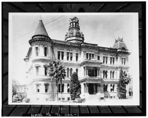 San Antonio City Hall was completed in 1891. Historical photo courtesy of the Library of Congress.