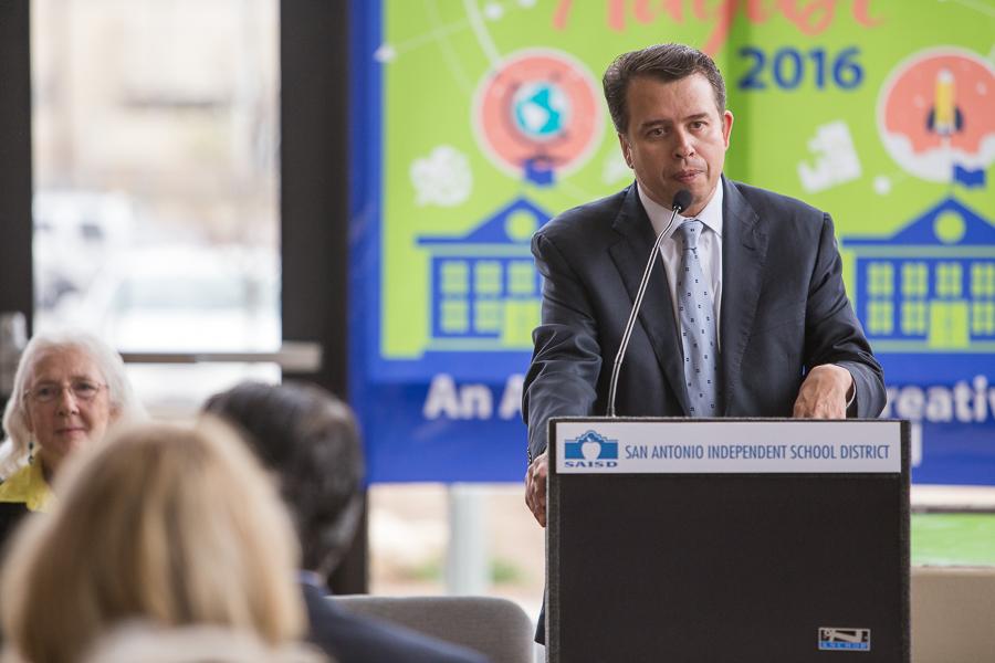 SAISD Superintendent Pedro Martinez outlines details about the new program. Photo by Scott Ball.