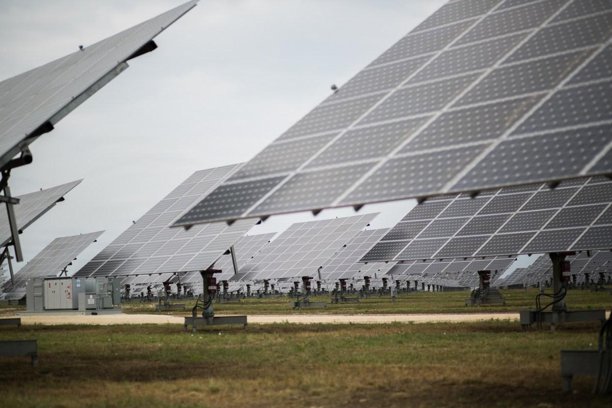 The 990-acre solar power installation includes 378,000-solar-panels. Photo by Kathryn Boyd-Batstone