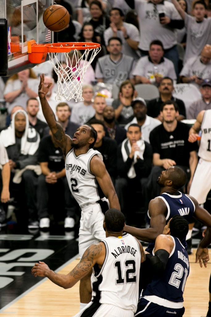 Kawhi Leonard #2of the Spurs goes up for a shot. Photo by Kathryn Boyd-Batstone