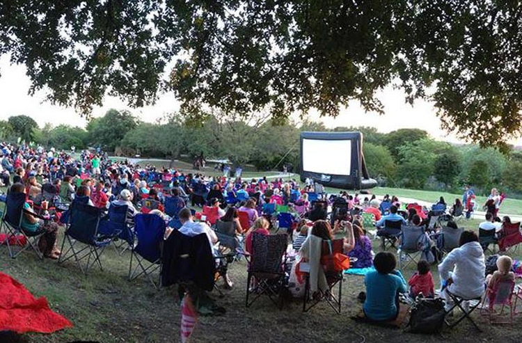 Slab Cinema outdoor screening at the San Antonio Botanical Garden. Photo courtesy of Slab Cinema.