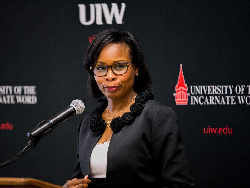Mayor Ivy Taylor speaks about how she got her glasses from UIW's Bowden Eye Care Center. Photo by Kathryn Boyd-Batstone