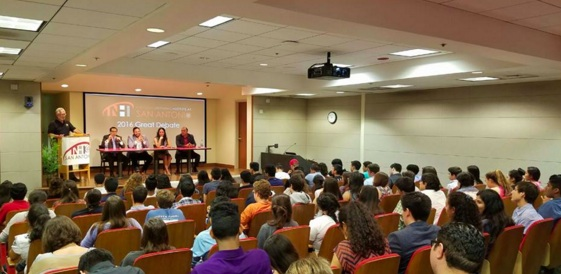 More than 100 San Antonio high schoolers gathered for a panel hosted by the National Hispanic Institute. Photo courtesy of National Hispanic Institute-San Antonio.