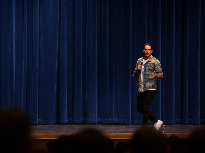 Motivational Youth Speaker Gabe Salazar gives students at Alamo Heights High School a talk about bullying. Photo by Scott Ball.