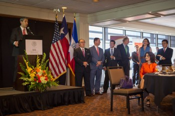 Councilman Ron Nirenberg (D8) spoke about fostering stronger ties and economic partnerships with Mexico. Photo by Scott Ball.