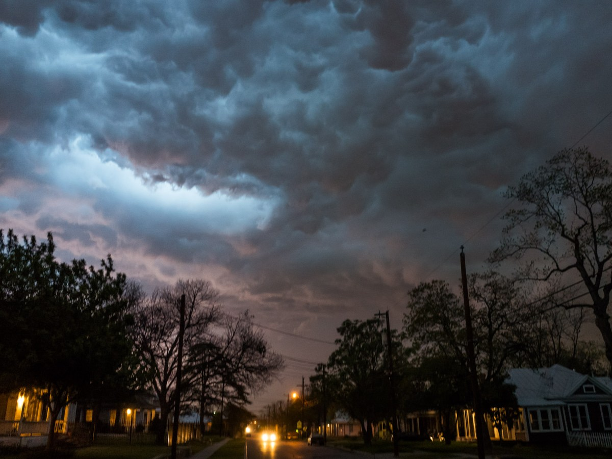 A storm cell hovers over Dignowity Hill on March 18, 2016. Photo by Scott Ball.