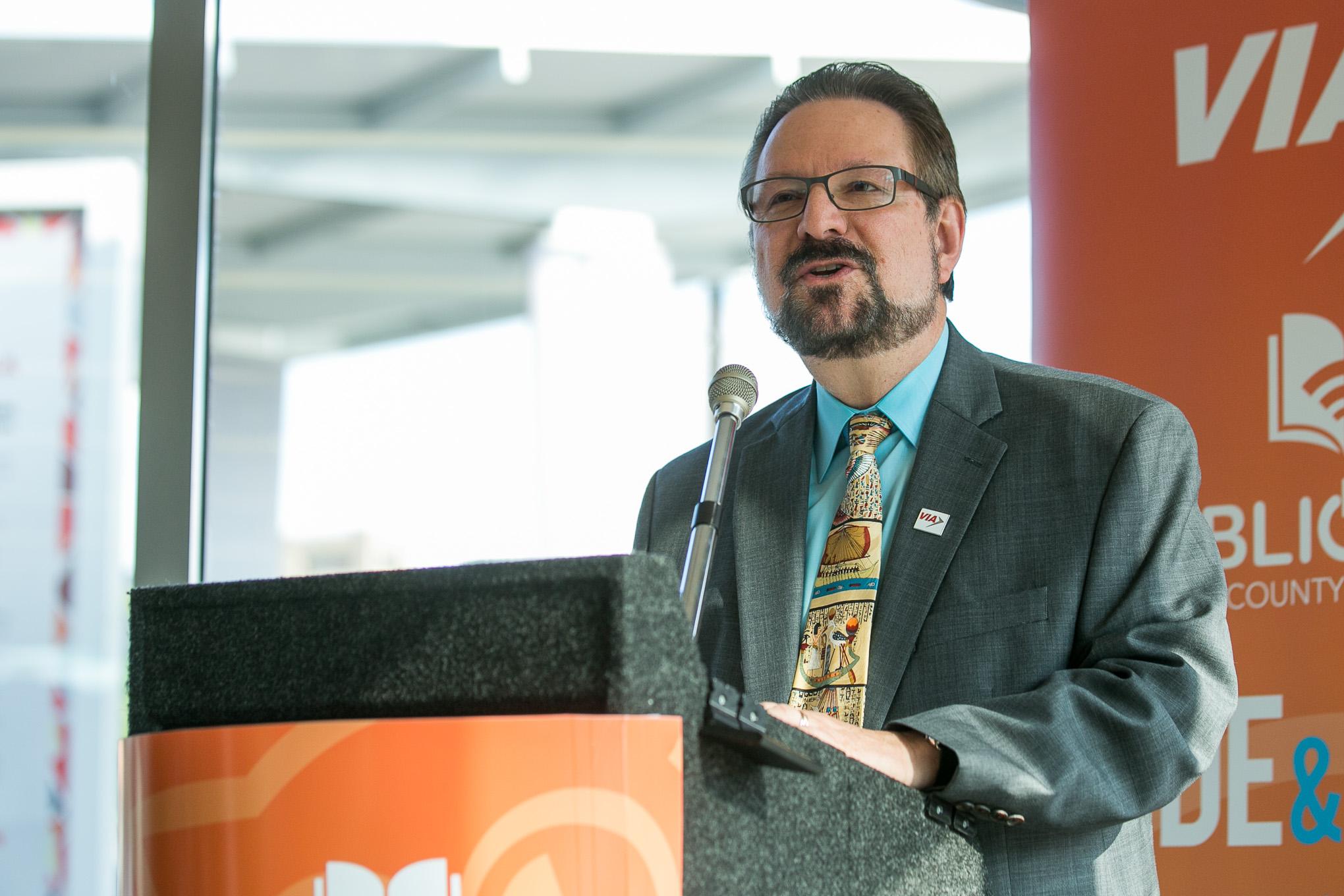VIA Metropolitan Transit President/CEO Jeffrey C. Arndt speaks about being the free system-wide 4G LTE Wi-Fi on VIA busses. Photo by Kathryn Boyd-Batstone.