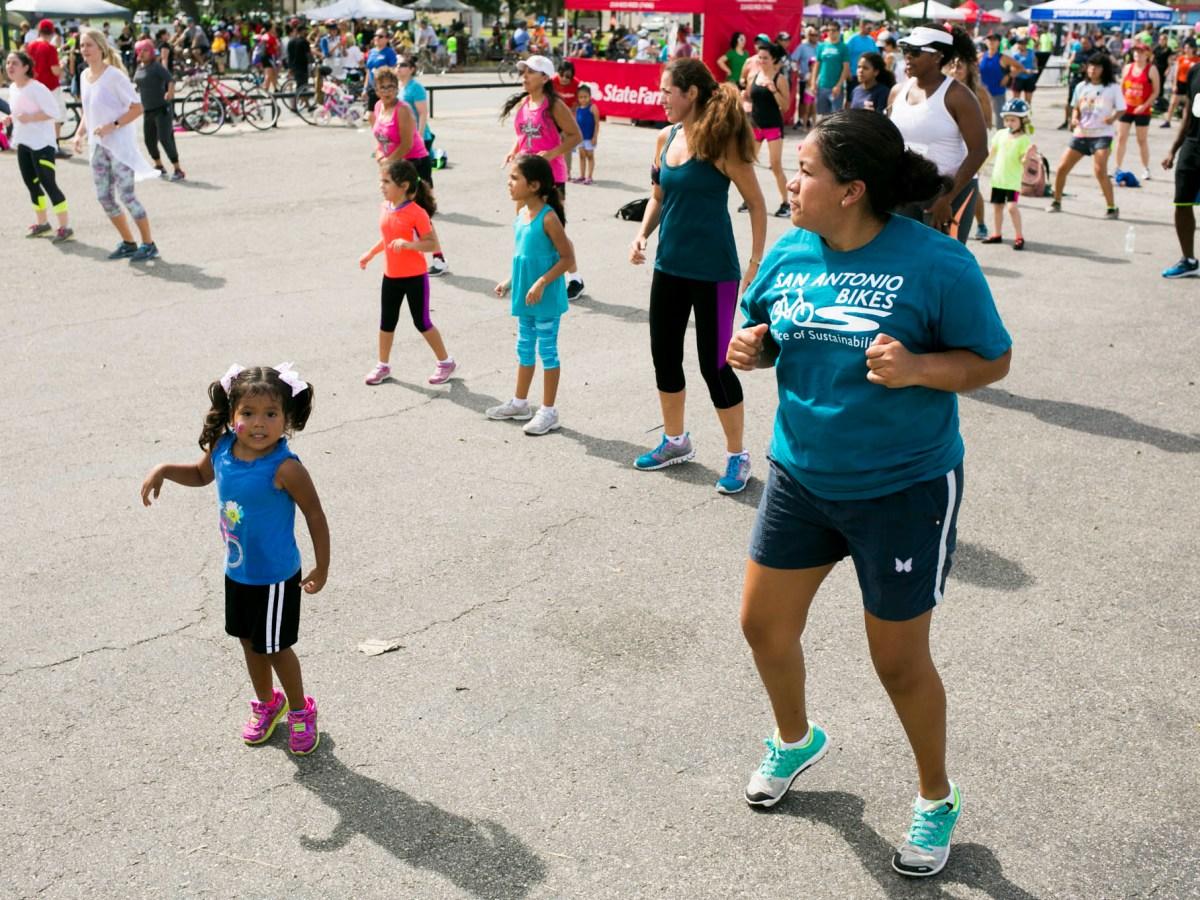 Families dance to zumba classes during Síclovía. Photo by Kathryn Boyd-Batstone.