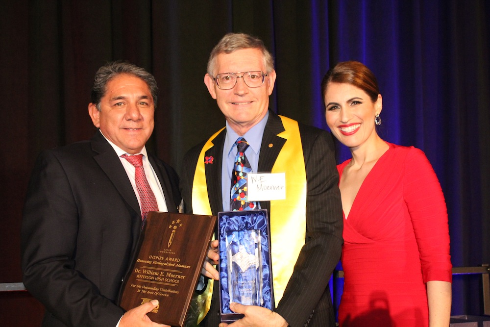 (From left) Jefferson HS principal Orlando Vera, Nobel Prize in Chemistry recipient William Esco Moerner, and former local FOX News Anchor Monica Taylor, who served as the master of ceremonies for the SAISD Foundation Inspire Awards ceremony. Image courtesy of John Lawler, SAISD videographer.