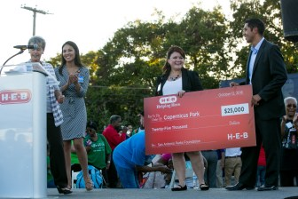 San Antonio Parks Foundation receives the $25,000 donation from H-E-B.