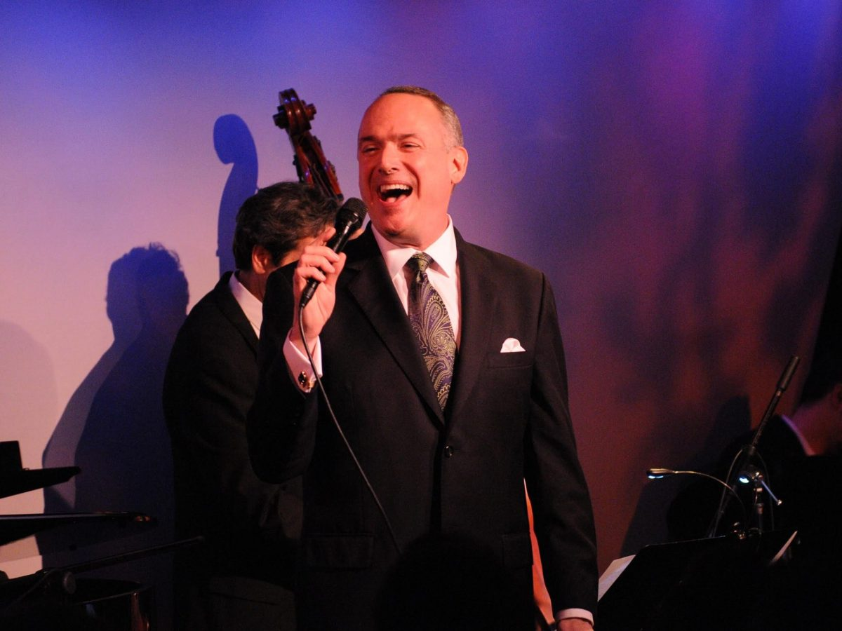 Ken Slavin performing at the Metropolitan Room in New York City.