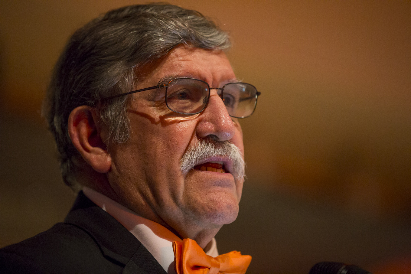 UTSA President Dr. Ricardo Romo speaks after being presented with the the ITC Lifetime Achievement Award.