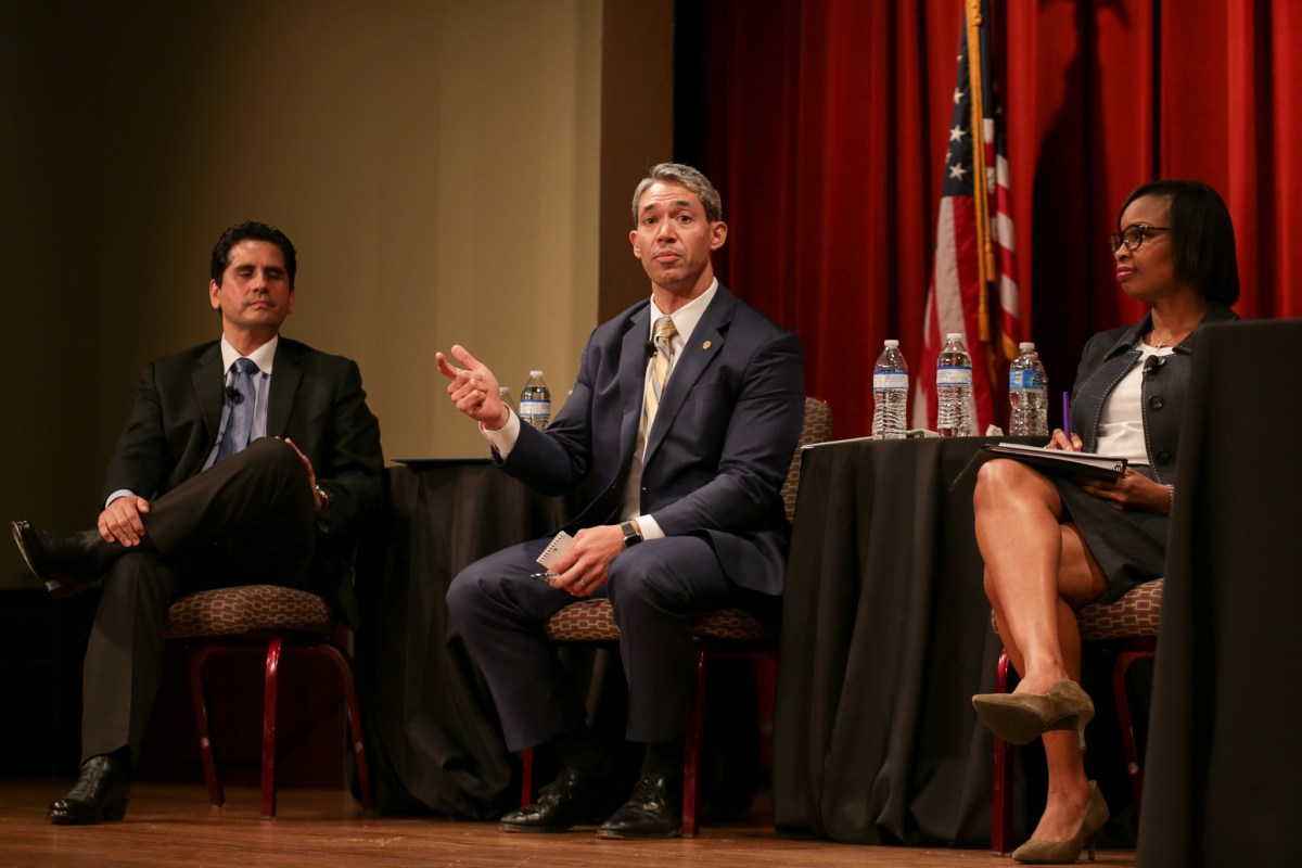 (left to right) Bexar County Democratic Party Chairman Manuel Medina, Councilman Ron Nirenberg (D8), and Mayor Ivy Taylor.