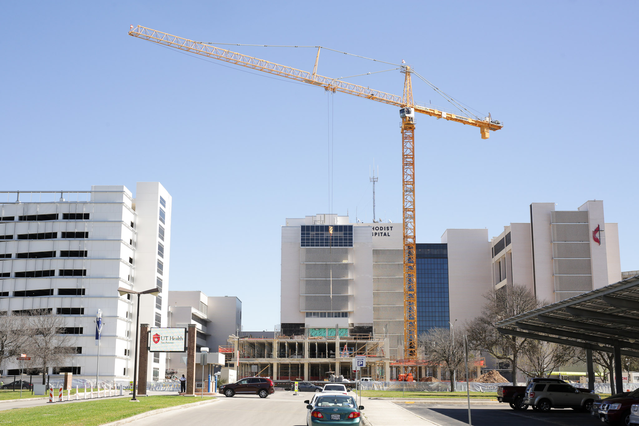 Construction on Methodist Hospital in the Medical Center.