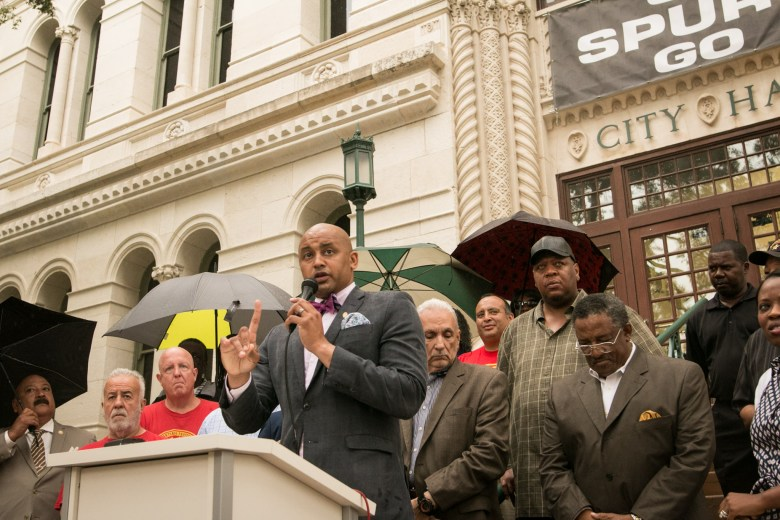 """Councilman Alan Warrick (D2) announces the support of former opponent Keith Toney in his runoff campaign against William """"Cruz"""" Shaw."""