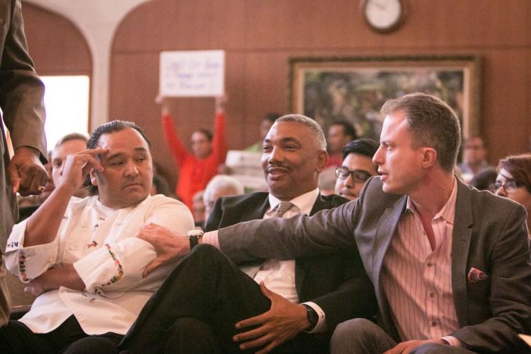 (From left) Chef Johnny Hernandez, Tony Gradney, and Entertainment Cruises vice president of Engagement & Innovation Paul Sanett