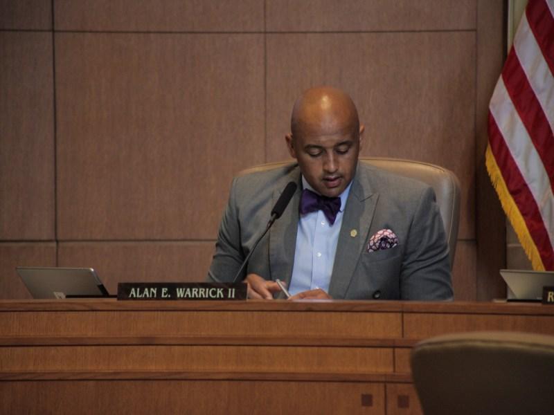 Councilman Alan Warrick (D2) speaks at city council A session.