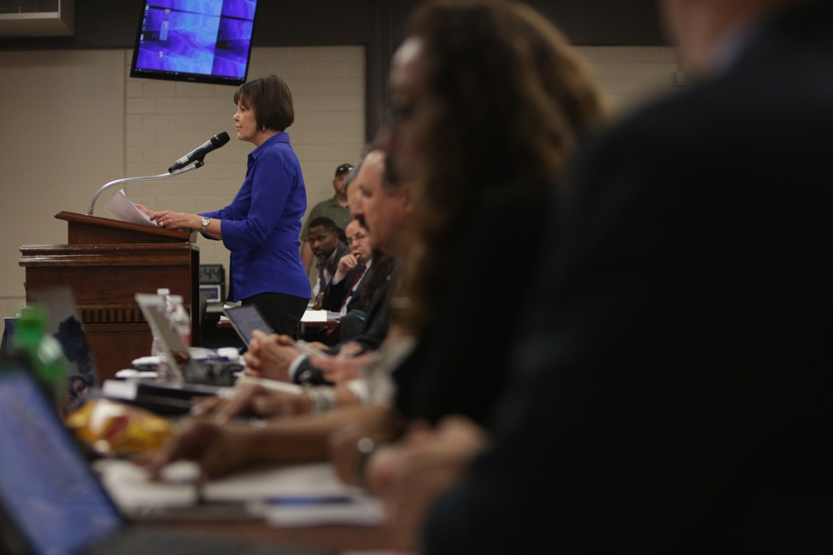 San Antonio Alliance of Teachers and Support Personnel President Shelley Potter addresses the SAISD Board of Trustees.