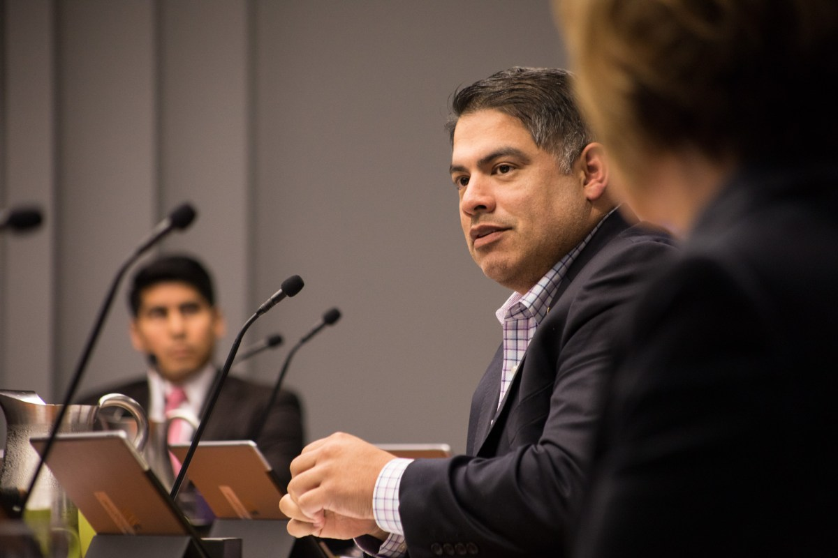 Councilman Manny Peláez (D8) gives his opinion on the Tobacco 21 proposal at B Session.