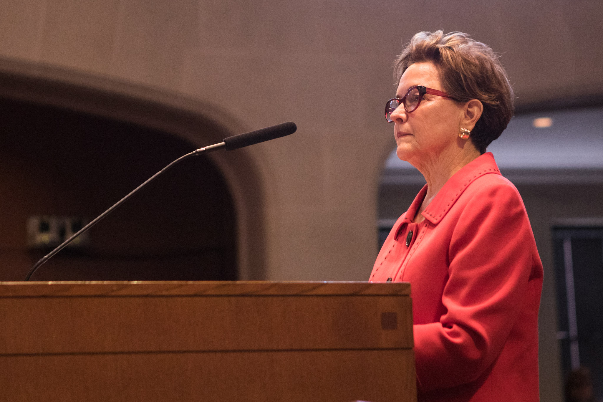 Kathleen Weir Vale, new chairwoman of the Symphony Society of San Antonio, speaks to City Council.