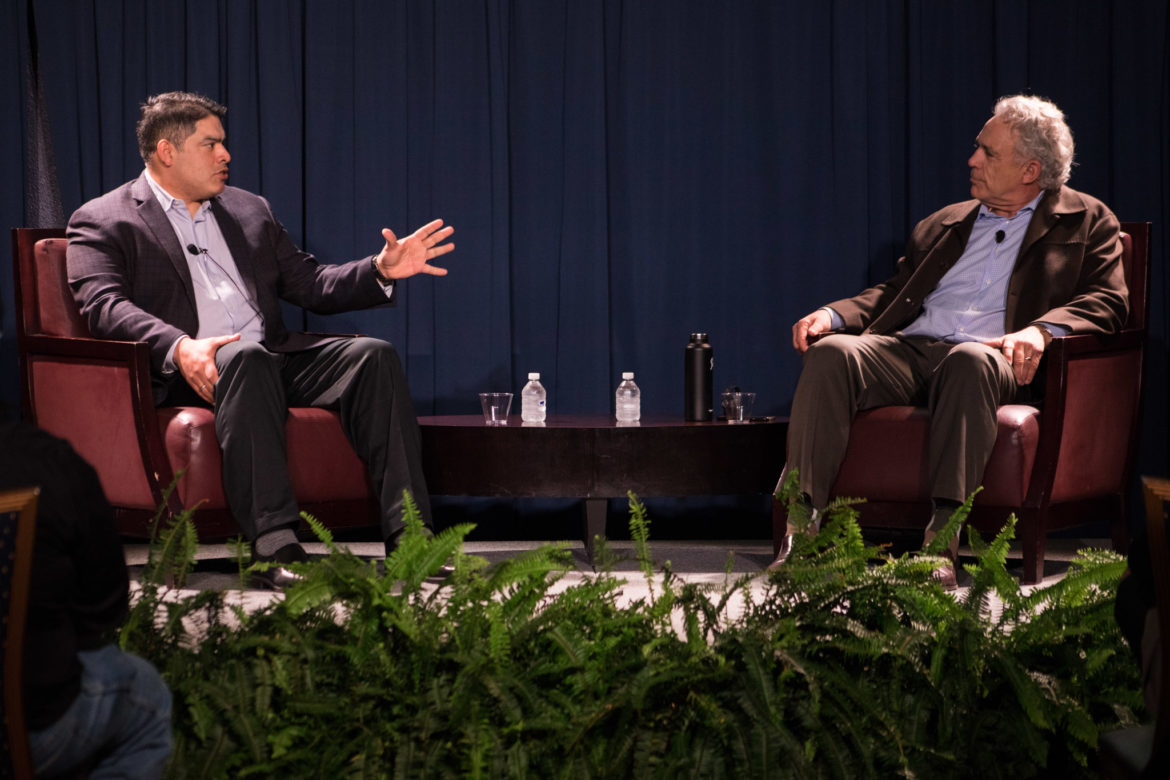 (From left) Councilman Manny Peláez (D8) and Rivard Report Publisher Robert Rivard chat at UTSA for the Rivard Report Conversations with the Council series.