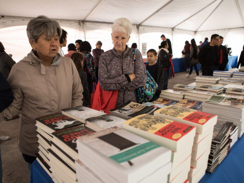 A crowd fills the Barnes & Noble tent at the 6th annual San Antonio Book Festival
