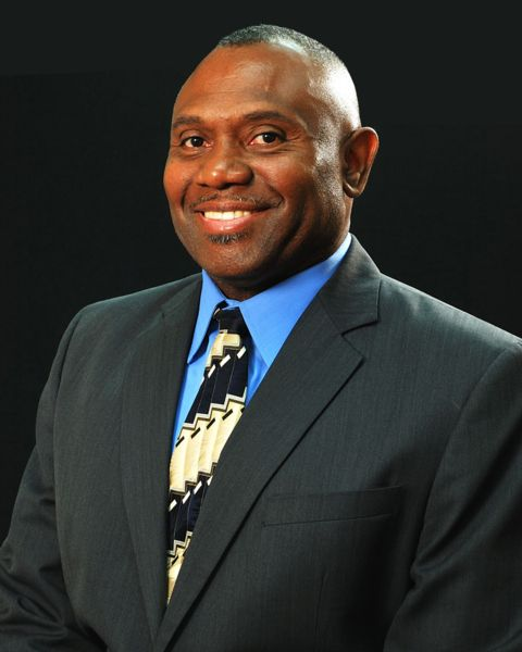 Willis Mackey