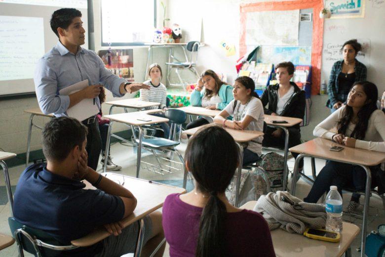 Councilman Rey Saldaña (D4) brainstorms actions that South San High School students can take regarding mental health resources.