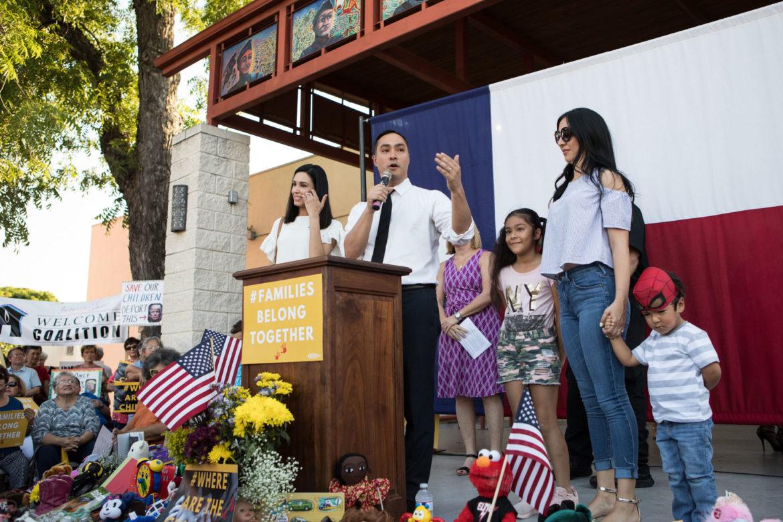 Congressman Joaquin Castro (TX-20) introduces his family to the crowd.