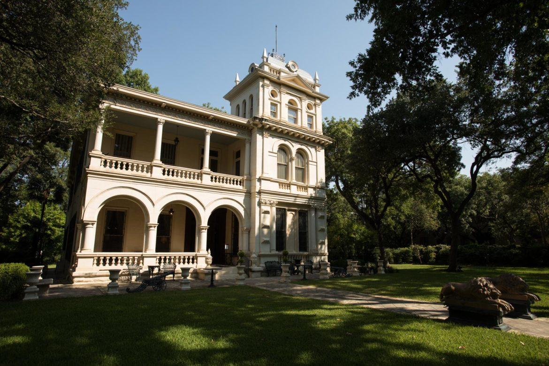 The facade of Villa Finale: Museum & Gardens.