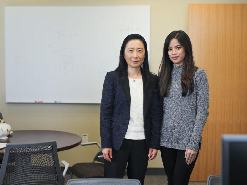 Jessica Le and Computer Science Chair at UTSA Jianwei Niu.