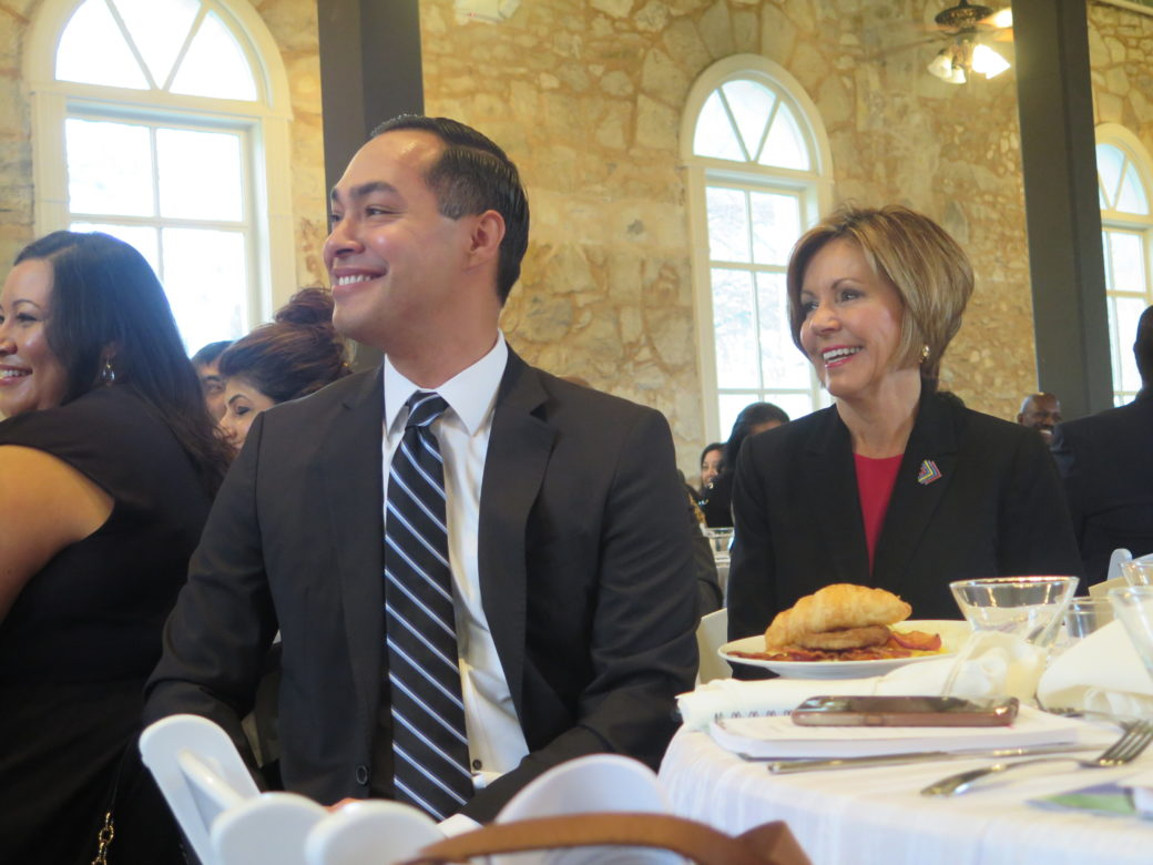 (From left) Julian Castro and City Manager Sheryl Sculley.