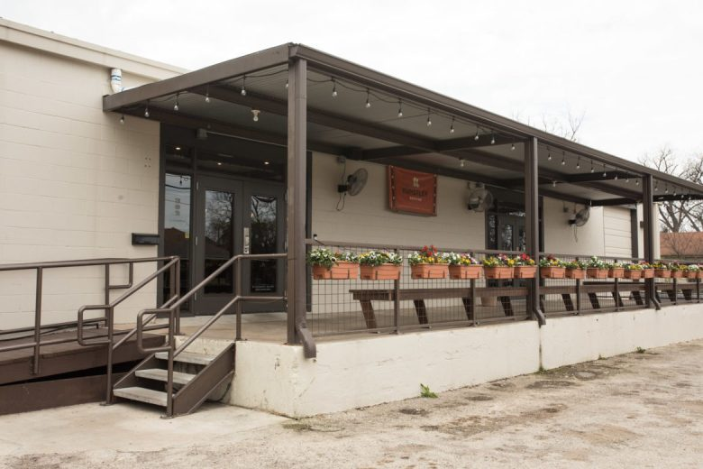 Künstler Brewing is located at 302 E. Lachapelle.