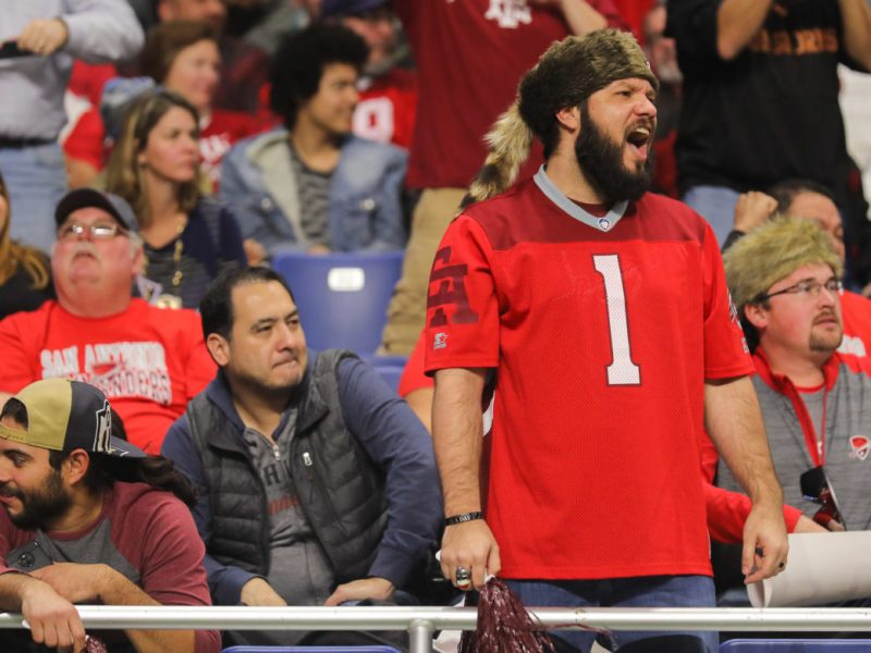 Many attendees during the San Antonio Commanders spectated empty handed due to long concession lines at the Alamodome.