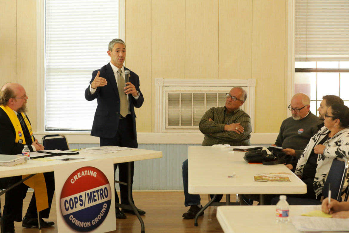 Mayor Ron Nirenberg meets with members of the COPS Metro Alliance during a meeting calling for action on his housing policy.