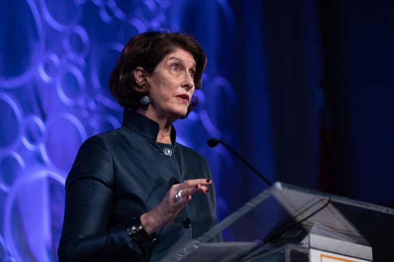 Mara Liasson gives the keynote address on the global state of politics and where the United States is heading.