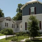A new home (right) was built next to an older home in Mahncke Park.