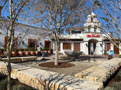 Mi Familia de Mi Tierra is in the Rim shopping center in the far Northwest Side of San Antonio.