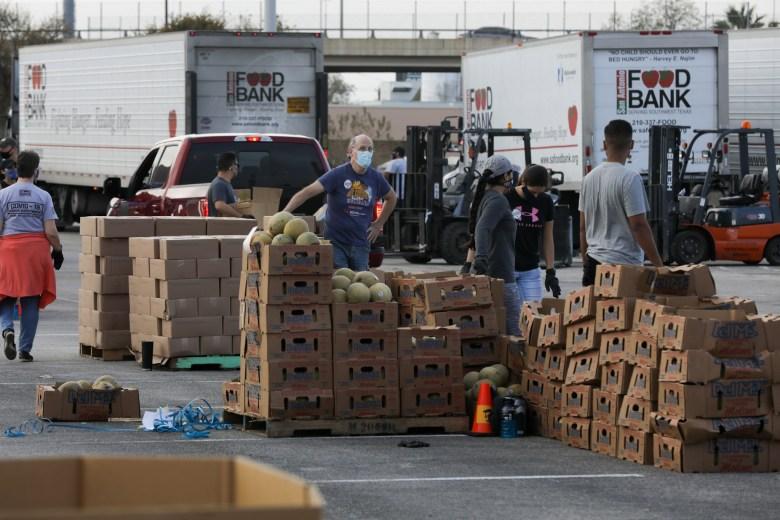 San Antonio Food Bank serves hungry at Alamodome food distribution