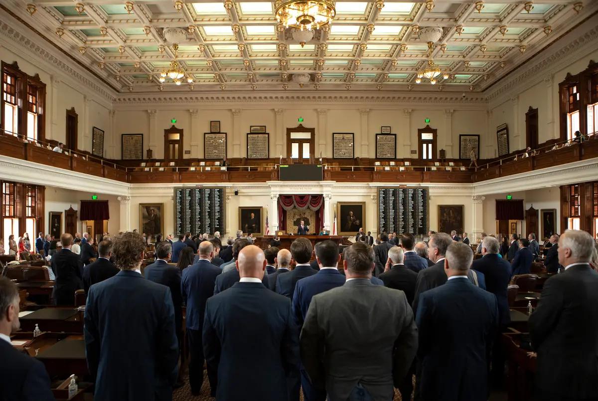House members praised Speaker Dade Phelan on the last day of the legislative session.