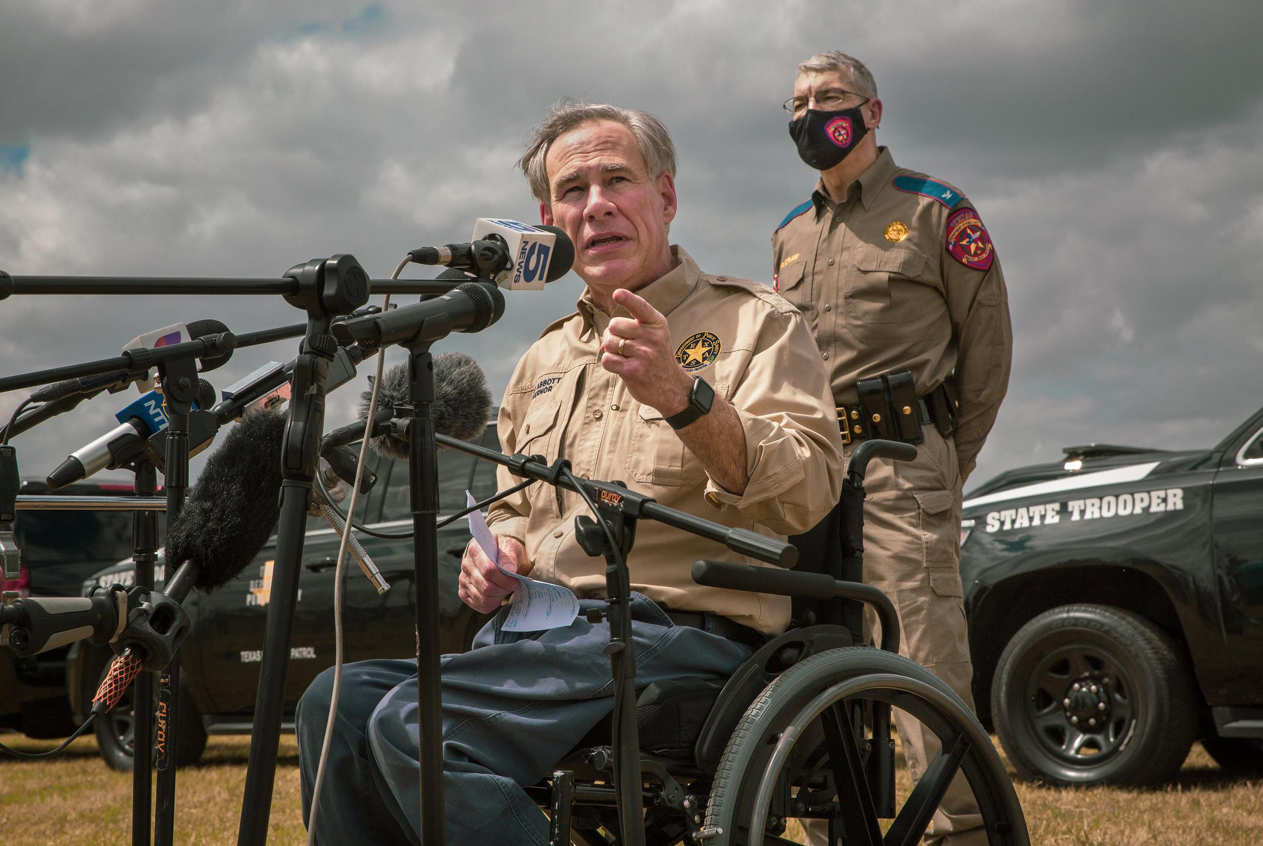 In a period of conflicts and crises, Gov. Greg Abbott goes all in on the border