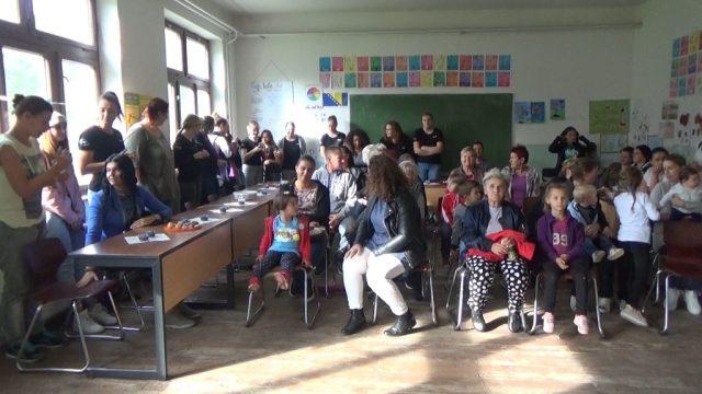Volonteri 2 1024x576 - Volonteri iz Holandije uredili i okrečili prostorije škole u Starom Majdanu